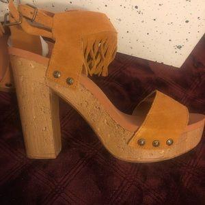BRAND NEW, NEVER WORN sandals Boho vibe